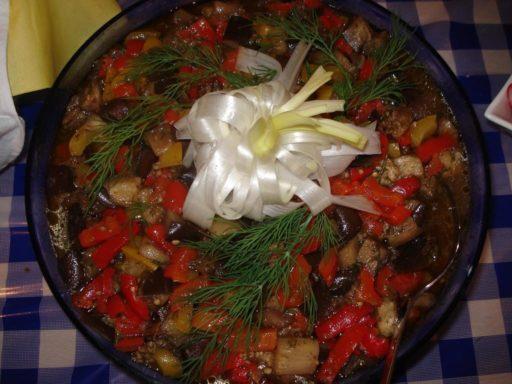 Gegrillter Auberginensalat